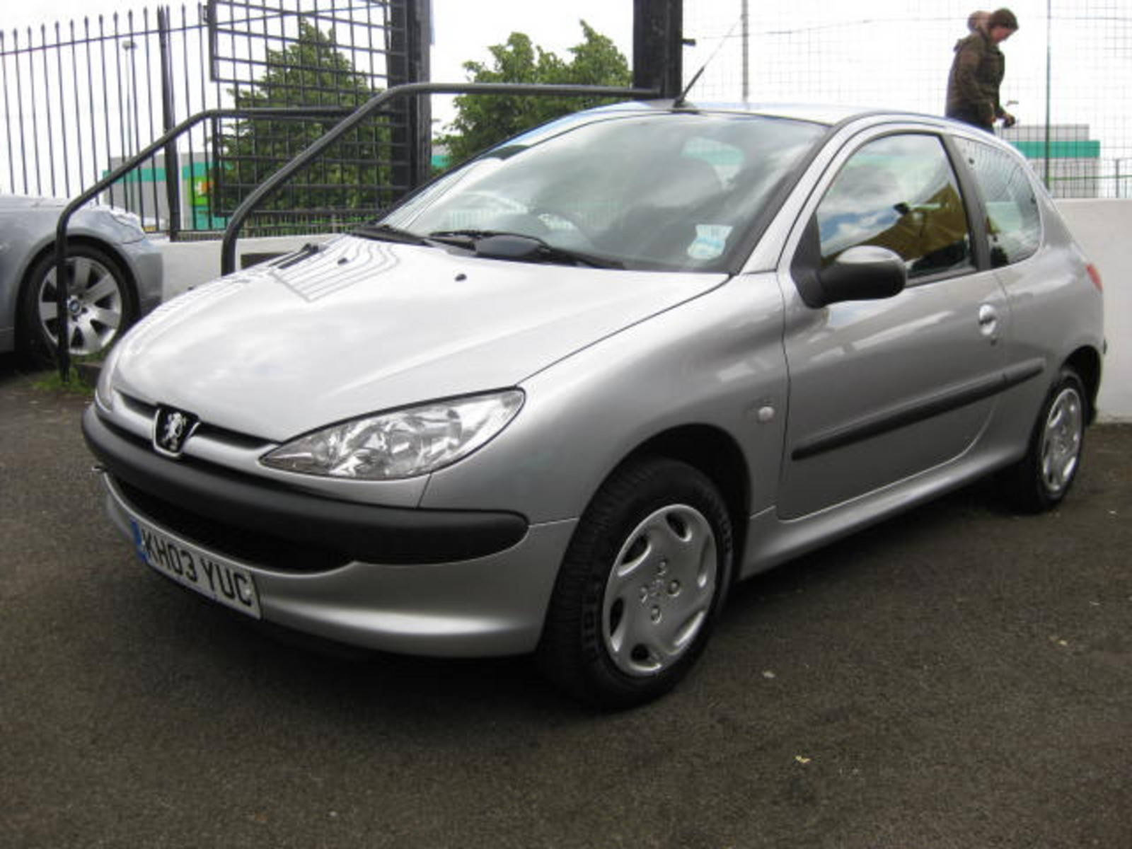 Peugeot 206 1.4 Look Hatchback Petrol Silver at H & D Motors Watford