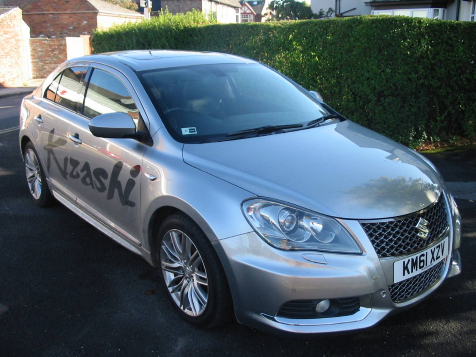 Suzuki Kizashi kizashi