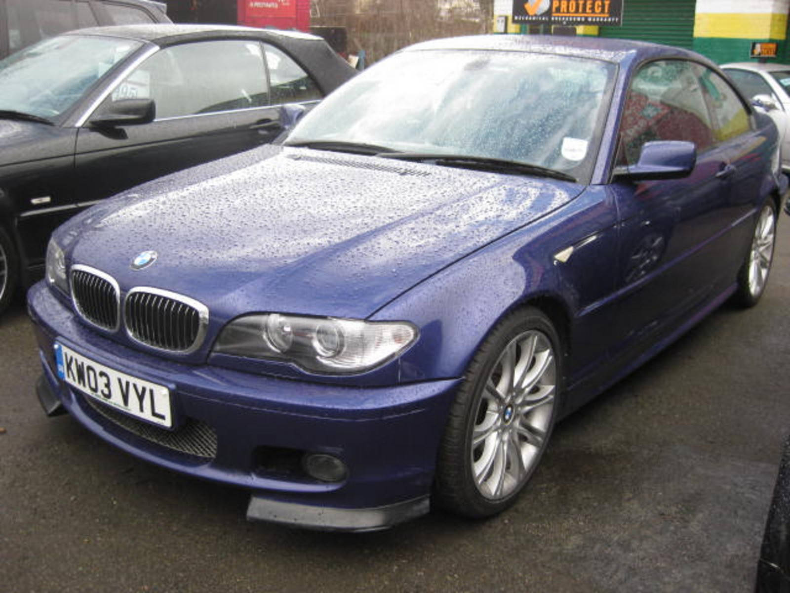 BMW 3 Series 3.0 330ci Clubsport Coupe Petrol Blue at H & D Motors Watford