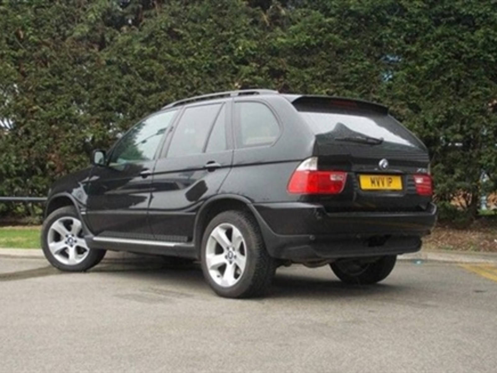 BMW X5 3.0 D Sport Estate Diesel Black at H & D Motors Watford